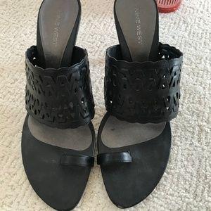 Nine West Black leather sandals slides